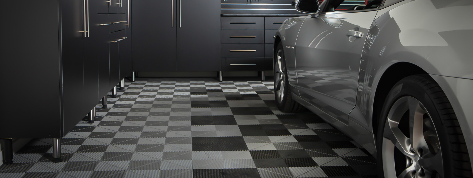 the tiles of floor garage carpeting l flooring interlocking